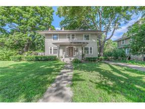 Property for sale at 7444 Summit Street, Kansas City,  Missouri 64114