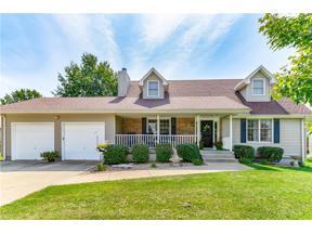 Property for sale at 606 Sugarland Drive, Pleasant Hill,  Missouri 64080
