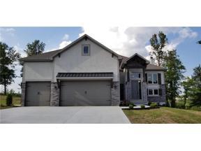 Property for sale at 905 SE Wood Ridge Court, Blue Springs,  Missouri 64014