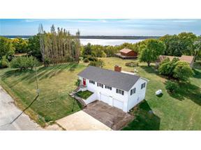 Property for sale at 8773 Longview Drive, Ozawkie,  Kansas 66070