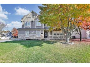 Property for sale at 2108 S Lindenwood Drive, Olathe,  Kansas 66062
