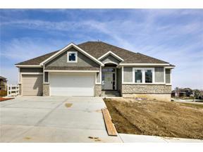 Property for sale at 1101 NE Goshen Court, Lee's Summit,  Missouri 64064