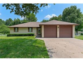Property for sale at 806 S 2nd Street, Odessa,  Missouri 64076