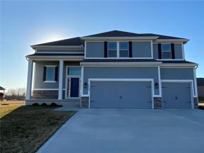 Property for sale at 1008 SW Whippoorwill Lane, Oak Grove,  Missouri 64075