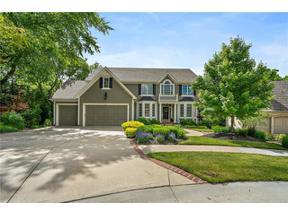 Property for sale at 11025 S Glenview Lane, Olathe,  Kansas 66061