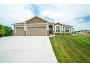 Property for sale at 1801 NE Pallisade Court, Blue Springs,  Missouri 64029