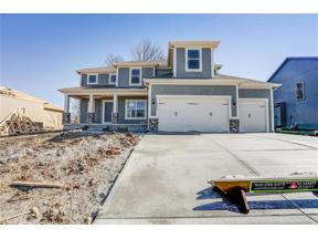 Property for sale at 1613 Grandshire Drive, Raymore,  Missouri 64083