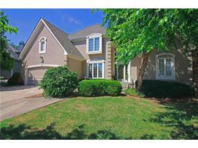 Property for sale at 5516 NE Northgate Court, Lee's Summit,  Missouri 64064