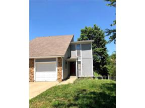 Property for sale at 104 S Saxony Drive, Olathe,  Kansas 66061