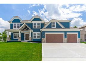 Property for sale at 1001 SW Drake Circle, Lee'S Summit,  Missouri 64082