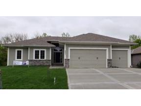 Property for sale at 2001 Ridge Tree Drive, Pleasant Hill,  Missouri 64080