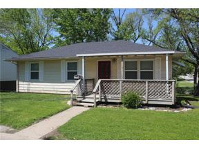 Property for sale at 101 S Independence Street, Pleasant Hill,  Missouri 64080