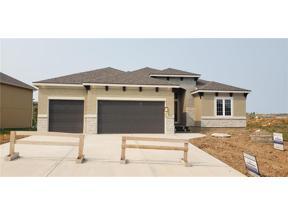 Property for sale at 1813 NE Parkwood Drive, Lee'S Summit,  Missouri 64064