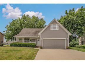 Property for sale at 313 SW Marsh Wren Street, Lee's Summit,  Missouri 64082