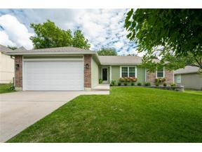 Property for sale at 3845 SW Windsong Drive, Lee's Summit,  Missouri 64082