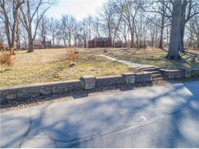 Property for sale at 148 Beach Drive, Lake Tapawingo,  Missouri 64015