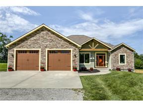 Property for sale at 21070 S Moonlight Road, Gardner,  Kansas 66030