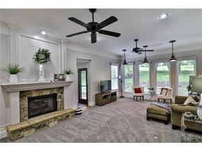 Property for sale at 309 NE Landings Drive, Lee'S Summit,  Missouri 64064