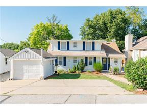Property for sale at 22 Clipper Drive, Lake Tapawingo,  Missouri 64015