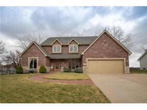Property for sale at 300 NE Dartmore Court, Lee'S Summit,  Missouri 64064