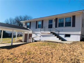 Property for sale at 105 S 9th Street Terrace, Odessa,  Missouri 64076
