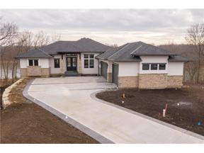 Property for sale at 14 Dakota Circle, Lake Winnebago,  Missouri 64034