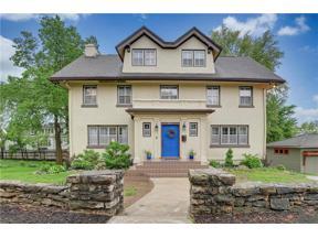 Property for sale at 611 E 46th Street, Kansas City,  Missouri 64110