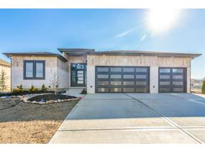 Property for sale at 1805 SW River Run Drive, Lee'S Summit,  Missouri 64082