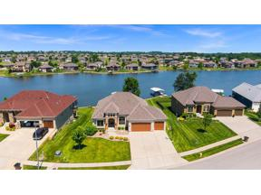 Property for sale at 1202 Lakecrest Circle, Raymore,  Missouri 64083