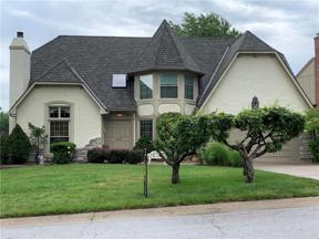 Property for sale at 116 NE Wood Glen Lane, Lee'S Summit,  Missouri 64064