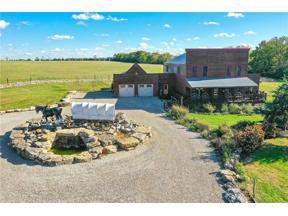 Property for sale at 13900 Arrington Road, Grandview,  Missouri 64030