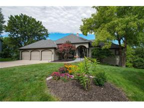 Property for sale at 5448 NE Wedgewood Court, Lee'S Summit,  Missouri 64064