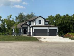 Property for sale at 901 SE Larue Street, Blue Springs,  Missouri 64014