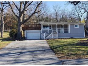 Property for sale at 111 P Lake Shore Drive, Lake Lotawana,  Missouri 64086