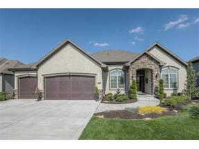 Property for sale at 912 Creekmoor Drive, Raymore,  Missouri 64083