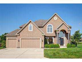 Property for sale at 4424 SW Admiral Byrd Drive, Lee's Summit,  Missouri 64082