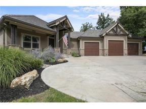 Property for sale at 817 NE Del Lago Court, Lee's Summit,  Missouri 64064
