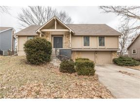 Property for sale at 730 SW Raintree Drive, Lee's Summit,  Missouri 64082