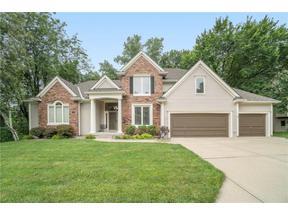 Property for sale at 8110 Walnut Way, Parkville,  Missouri 64152