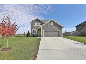 Property for sale at 1005 Whippoorwill Lane, Oak Grove,  Missouri 64075