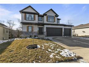 Property for sale at 1816 NE Sparta Drive, Blue Springs,  Missouri 64029