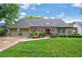 Property for sale at 3609 NW Lake Drive, Lee's Summit,  Missouri 64064