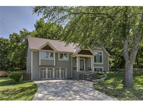 Property for sale at 7203 NW Eastside Drive, Weatherby Lake,  Missouri 64152