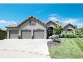 Property for sale at 816 NE Del Lago Court, Lee's Summit,  Missouri 64064