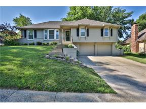 Property for sale at 223 NW Foxtail Circle, Lee's Summit,  Missouri 64064