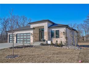 Property for sale at 540 South Shore Drive, Lake Winnebago,  Missouri 64034