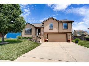 Property for sale at 605 Timber Crest Court, Raymore,  Missouri 64083