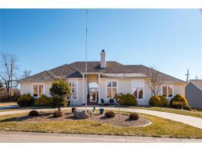 Property for sale at 603 N Winnebago Drive, Lake Winnebago,  Missouri 64034
