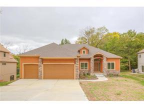 Property for sale at 8100 NW Venita Street, Weatherby Lake,  Missouri 64152