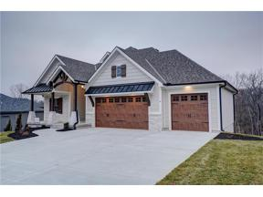 Property for sale at 6 Black Hawk Drive, Lake Winnebago,  Missouri 64034